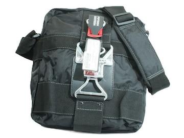 【B-9240】FIFTEEN SIXTEEN縦型ブラックショルダーバッグ即買!