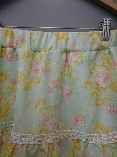 CECIL McBEE☆淡い花柄シフォンスカート < ブランドの