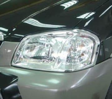 マツダ メッキヘッドライトリング トリビュート