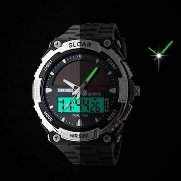 ソーラー腕時計 メンズ デジアナウォッチ スポーツ 白