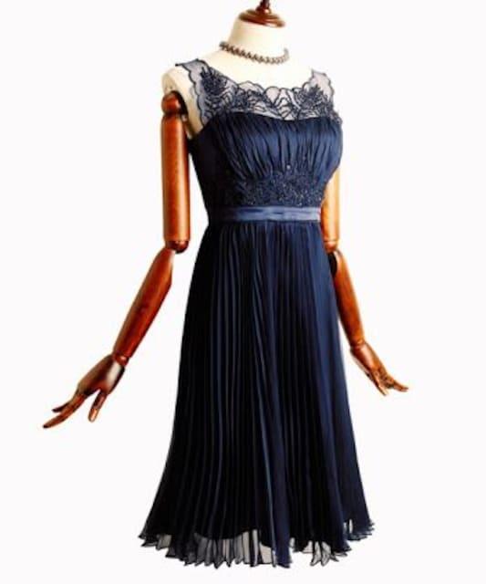 ルイ・ルエ・ブティック プリーツシフォンワンピースドレス  < 女性ファッションの