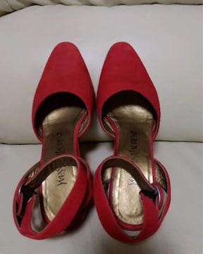 ※イヴサンローラン「赤色シューズ」