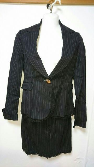 Sugargloss ストライプスーツ  < 女性ファッションの