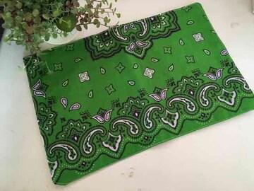 ハンドメイド*緑バンダナ柄フリーマット飾り敷物カバーカフェ