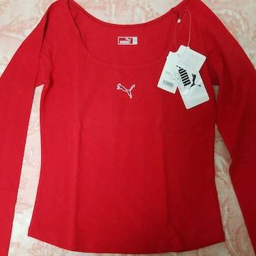 プーマロングTシャツ赤