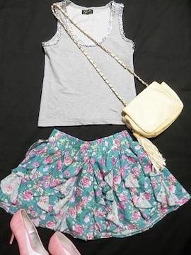 緑ピンクバラローズ小花柄フリルフレアミニスカートグリーン
