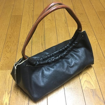 MIUMIUミュウミュウ レザーミニトートバッグ 黒/茶