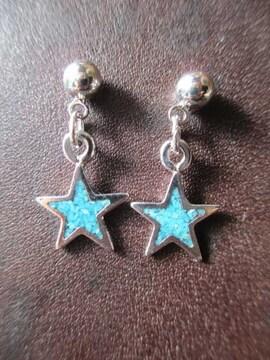 アメリカ製 サージカルステンレス  星ピアス  star earring
