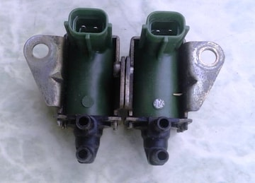 マツダ RX-7 FD3S純正部品ソレノイドバルブ 中古品