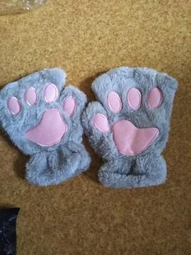 新品猫ちゃん指なし手袋