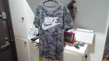 NIKE Tシャツ Sサイズ 迷彩 ナイキ カモフラ