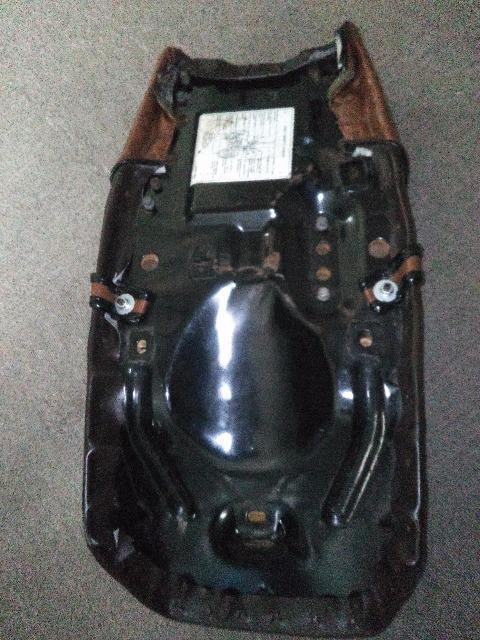 Z400FX タックロールシート  純正鉄ベース < 自動車/バイク