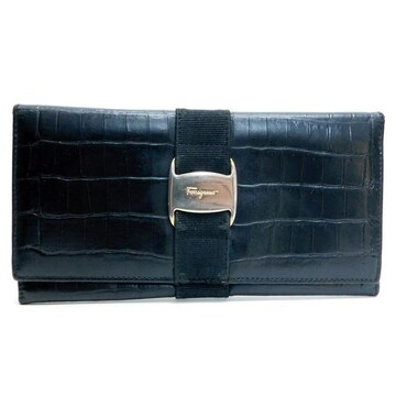 Ferragamoフェラガモ 長財布 型押しレザー 黒 ヴァラ 正規品