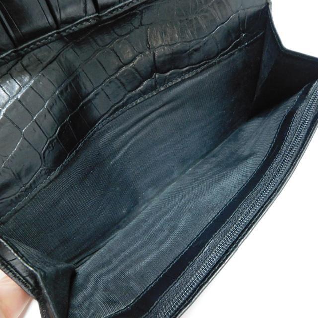 Ferragamoフェラガモ 長財布 型押しレザー 黒 ヴァラ 正規品 < ブランドの