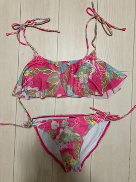 RUSTY ラスティ 水着 ビキニ ピンク フリル 花柄 フラワー ビラボン ピーク&パイン