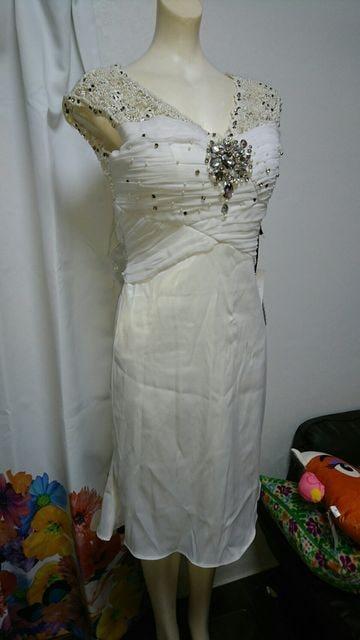 PLATINUM ホワイト レース&ビジューミニドレス  < 女性ファッションの