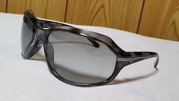 正規レア ガクト着 同型 プラダ ブランドロゴ装飾 サングラス 黒 クリアマーブル