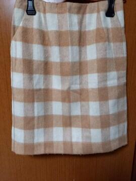 �A 優しい色のスカート