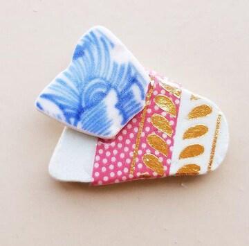 シー陶器の帯留め ブローチ