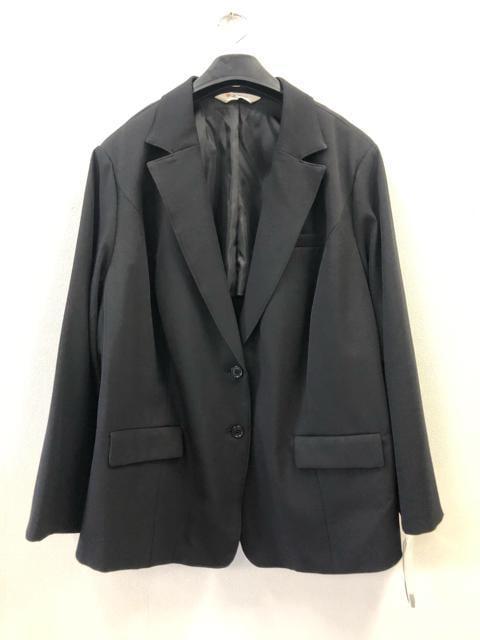 新品☆38号8Lサイズ黒ストレッチ スカートスーツ☆d204 < 女性ファッションの