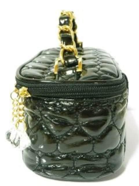 《New》リボン付★ハート*エナメルキルティング・バニティバッグ<ブラック> < 女性ファッションの