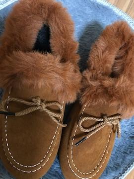 新品☆未使用☆フェイクファー付きペタンコ靴40