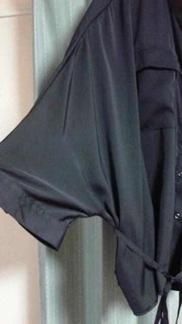 新品★大きめサイズ★ドルマン袖ブラウス★羽織りにも★黒★ < 女性ファッションの