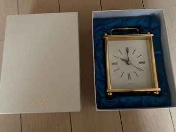 送料込 新品WAKO 高級置時計