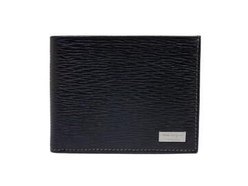正規未使用フェラガモ財布二つ折り札入型押しレザー黒パス