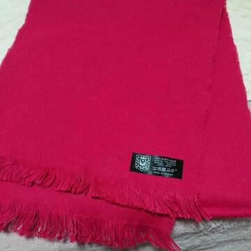 フランス製 濃いピンク色マフラー 新品未使用
