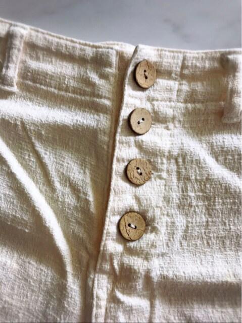 ティーンズ フロントボタンタイプ ショートパンツ S < 女性ファッションの