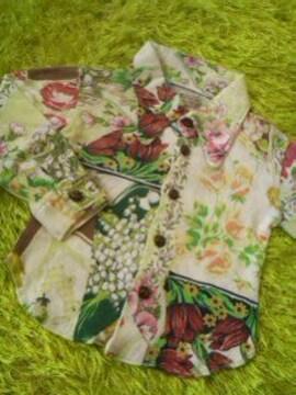 ●ムチャチャ●花模様シャツ XS(90-100位)男女