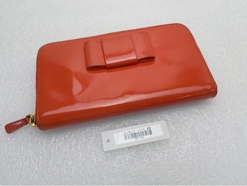 D467 ミュウミュウ miu miu 長財布 リボン エナメル
