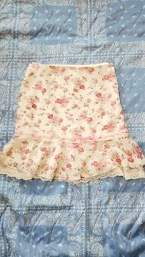 ☆セシルマクビー☆薔薇柄レースミニスカート