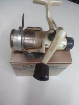 QUANTLM・LONGSTROKEライト スピニングリール リアードラグ旧製品 送料込み