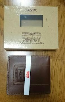 リーバイス 本革 茶色 二つ折り財布 カードスリーブ 小銭入れ付