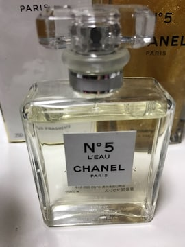 CHANEL N゜5LEAU シャネルナンバーファイブロード