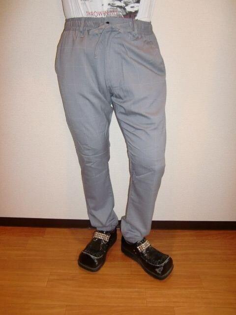 送料無料☆BENOグラフチェックジョガーパンツ☆L  < 男性ファッションの