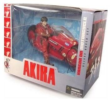 AKIRA KANEDA ON MOTORCYCLE 金田のバイク マクファーレン