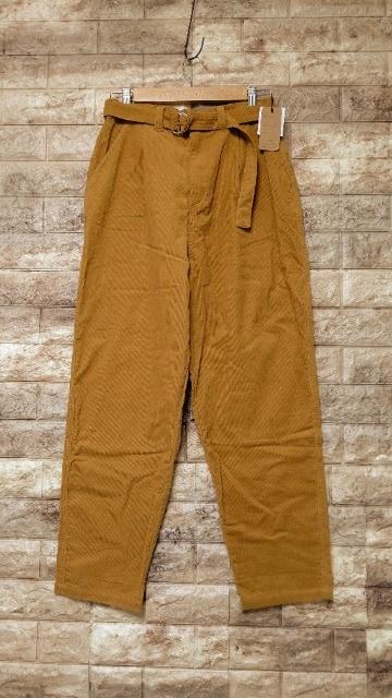 *Mashu Kashu* ベルト付 コーデュロイ パンツ 新品 camel < 女性ファッションの