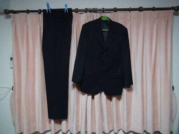 BILTMOREのスーツシングル3ツボタン(黒)新品タグ付き!。