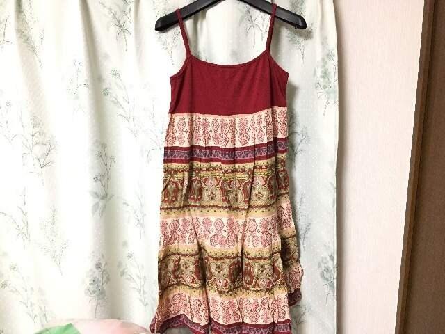 美品赤色レッドエスニックキャミワンピース民族柄  < 女性ファッションの
