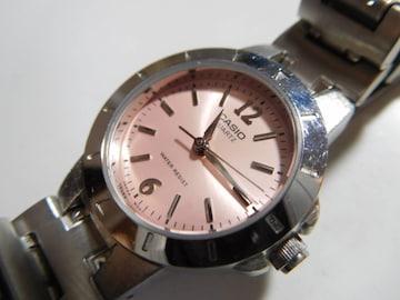カシオの クォーツレディース腕時計  動作確認済 !。