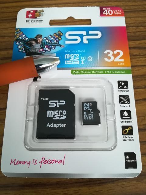 新品 マイクロSD カード32G  < PC本体/周辺機器の