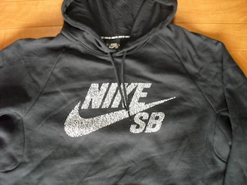 NIKE SB ナイキ スケートボーディング パーカー USA−L