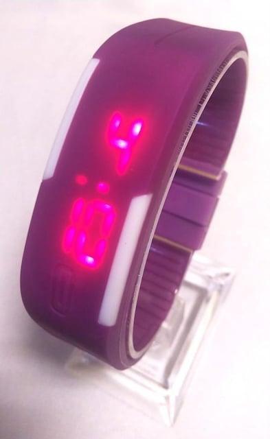 ブレスレット型スポーツウォッチ(パープル) < 女性アクセサリー/時計の
