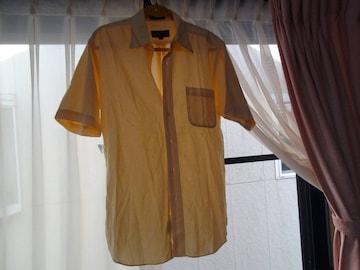 STUART KENTの半袖カッターシャツ(L)!。