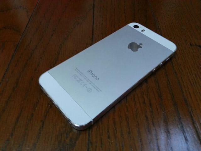 即落/即発!!超美品 iPhone 5s 32GB シルバー 完済 < 家電/AVの