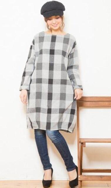 新品大きいサイズ2L★グレーチェック柄コクーンチュニック  < 女性ファッションの