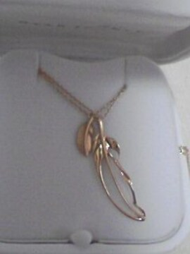 新品美品スタ-ジュエリ-18Kスカシ葉っぱ形2連ネックレス最終最下ネサゲ